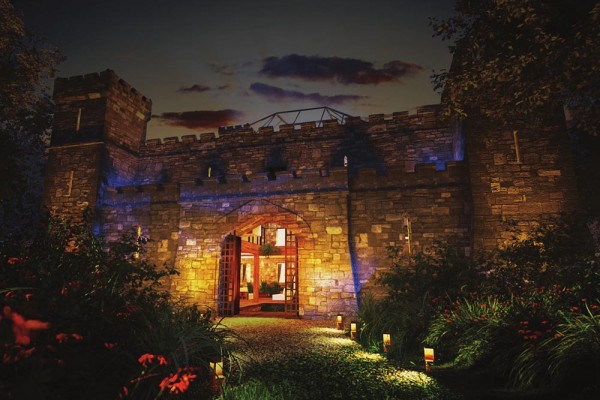 Wedding Destination : Cloontykilla Castle, Roscommon